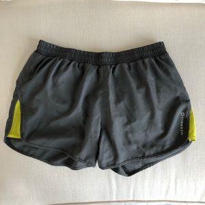 Merrell   Grey Running Shorts Size Medium